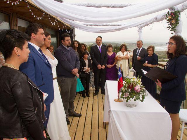 El matrimonio de Alberto y Loreto en Pichilemu, Cardenal Caro 11