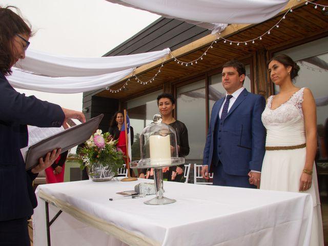 El matrimonio de Alberto y Loreto en Pichilemu, Cardenal Caro 13