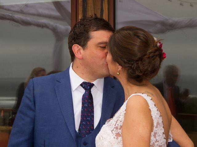 El matrimonio de Alberto y Loreto en Pichilemu, Cardenal Caro 15