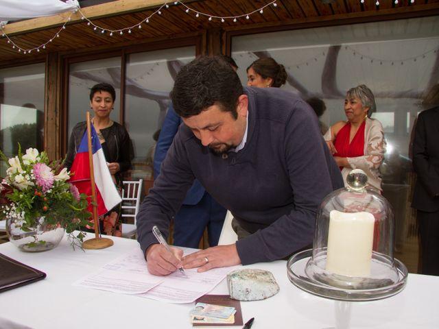 El matrimonio de Alberto y Loreto en Pichilemu, Cardenal Caro 20