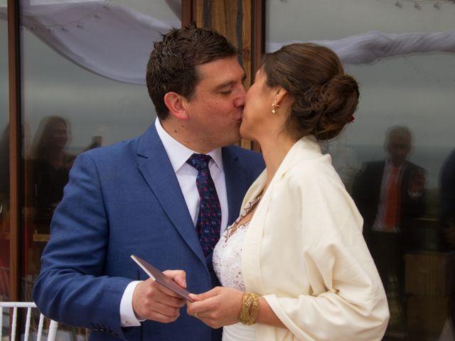 El matrimonio de Alberto y Loreto en Pichilemu, Cardenal Caro 22