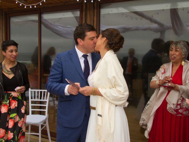 El matrimonio de Alberto y Loreto en Pichilemu, Cardenal Caro 24