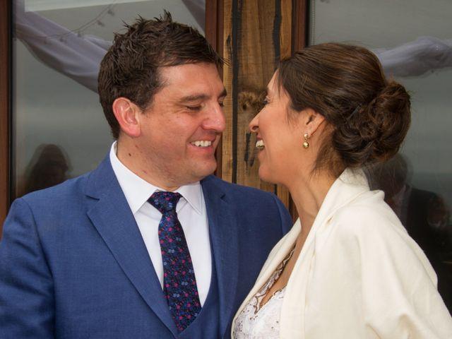 El matrimonio de Alberto y Loreto en Pichilemu, Cardenal Caro 25
