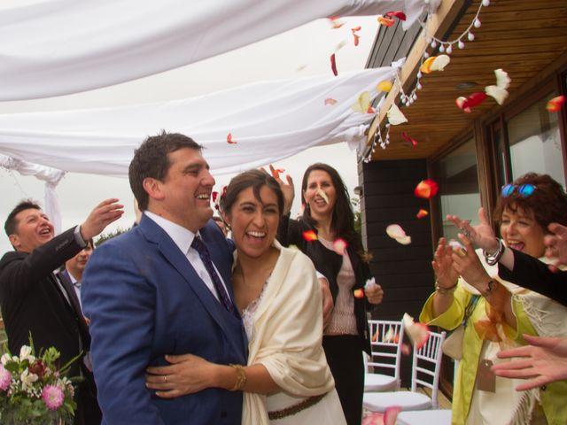 El matrimonio de Alberto y Loreto en Pichilemu, Cardenal Caro 27
