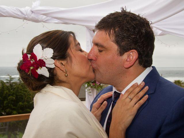 El matrimonio de Alberto y Loreto en Pichilemu, Cardenal Caro 28