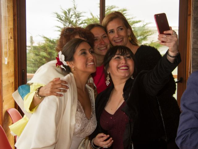 El matrimonio de Alberto y Loreto en Pichilemu, Cardenal Caro 29