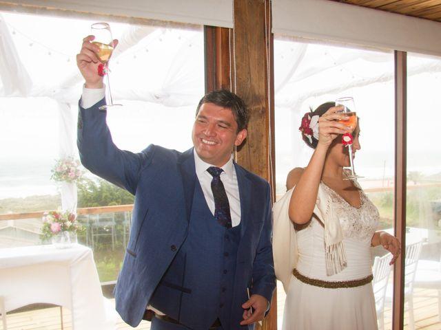 El matrimonio de Alberto y Loreto en Pichilemu, Cardenal Caro 31