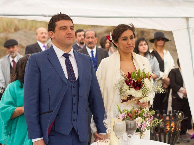 El matrimonio de Alberto y Loreto en Pichilemu, Cardenal Caro 39