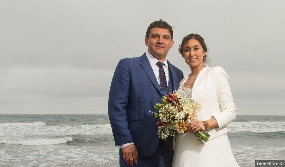 El matrimonio de Alberto y Loreto en Pichilemu, Cardenal Caro