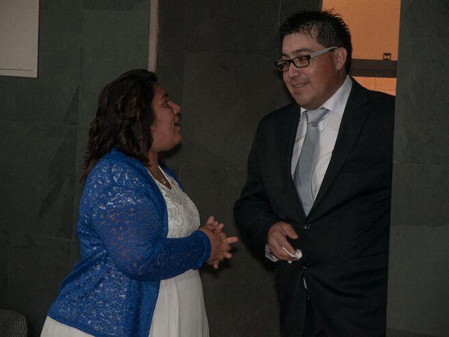 El matrimonio de Óscar y Marcela en Sagrada Familia, Curicó 4
