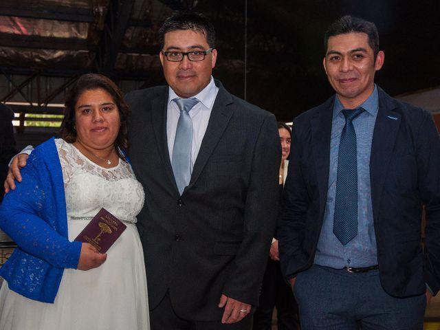 El matrimonio de Óscar y Marcela en Sagrada Familia, Curicó 7
