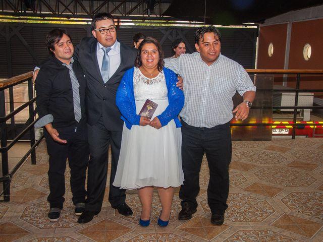 El matrimonio de Óscar y Marcela en Sagrada Familia, Curicó 12