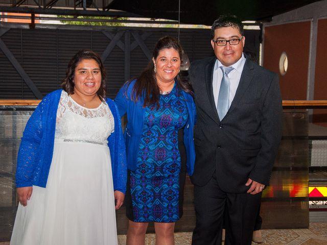 El matrimonio de Óscar y Marcela en Sagrada Familia, Curicó 23