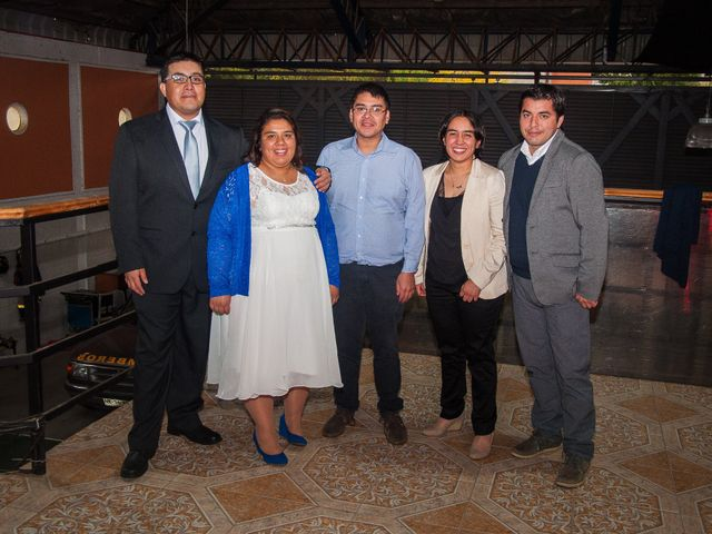 El matrimonio de Óscar y Marcela en Sagrada Familia, Curicó 31
