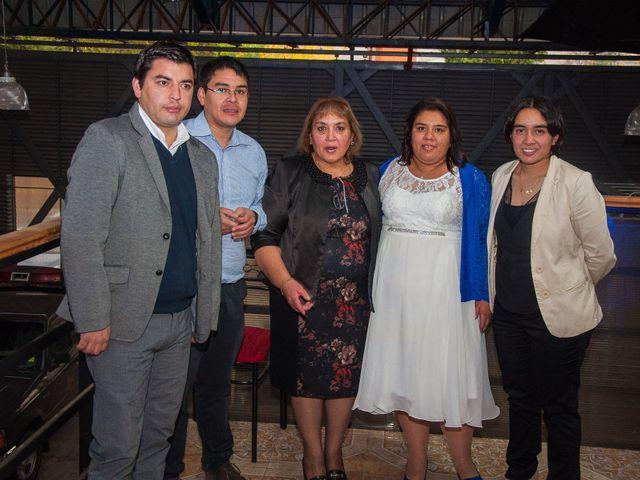 El matrimonio de Óscar y Marcela en Sagrada Familia, Curicó 33