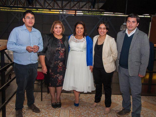 El matrimonio de Óscar y Marcela en Sagrada Familia, Curicó 35