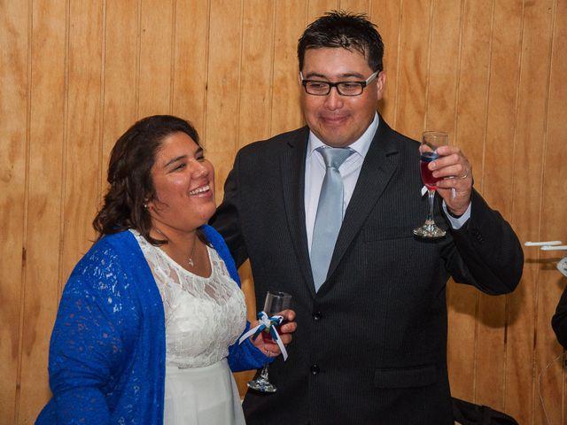 El matrimonio de Óscar y Marcela en Sagrada Familia, Curicó 43