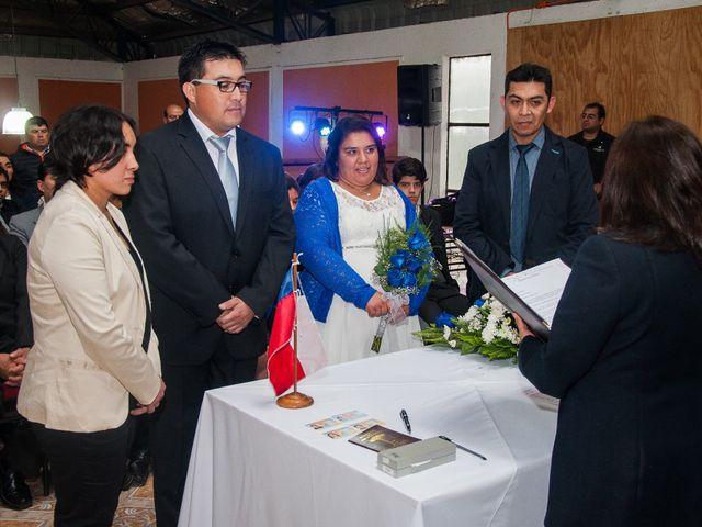 El matrimonio de Óscar y Marcela en Sagrada Familia, Curicó 48