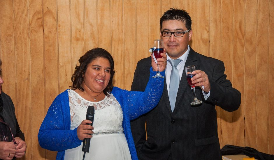 El matrimonio de Óscar y Marcela en Sagrada Familia, Curicó