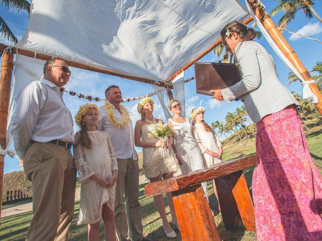 El matrimonio de Thomas y Carmen en Isla de Pascua, Isla de Pascua 5