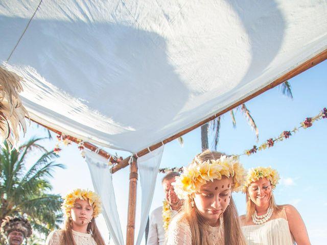 El matrimonio de Thomas y Carmen en Isla de Pascua, Isla de Pascua 24