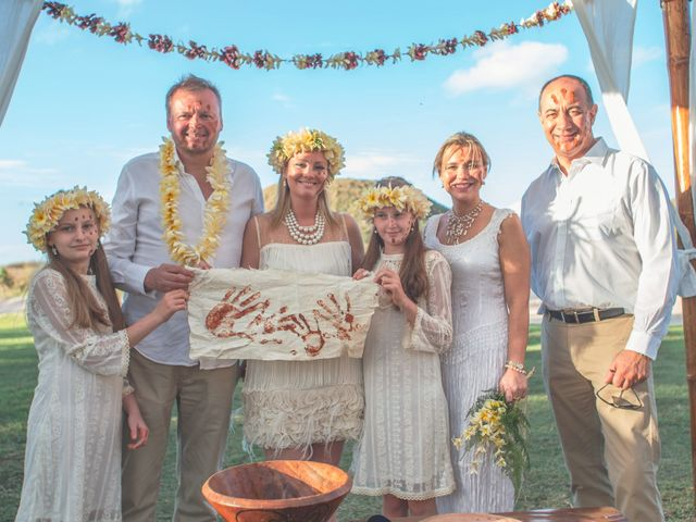 El matrimonio de Thomas y Carmen en Isla de Pascua, Isla de Pascua 25