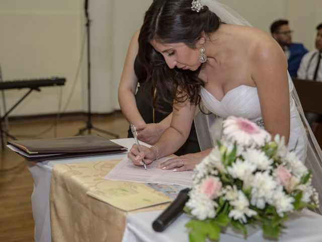 El matrimonio de Josué  y Lorena en Antofagasta, Antofagasta 9