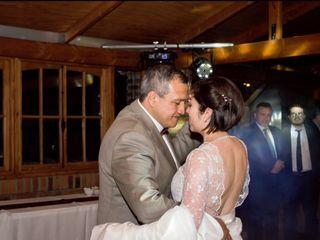 El matrimonio de Elizabeth y Carlos