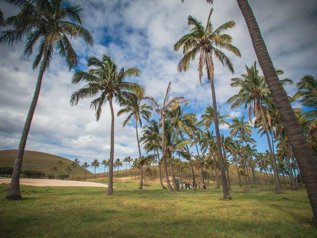 El matrimonio de Rodrigo y Izzy en Isla de Pascua, Isla de Pascua 1