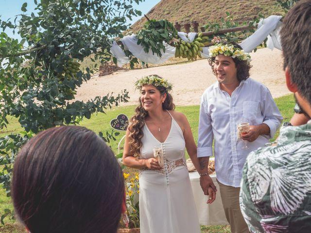 El matrimonio de Rodrigo y Izzy en Isla de Pascua, Isla de Pascua 4