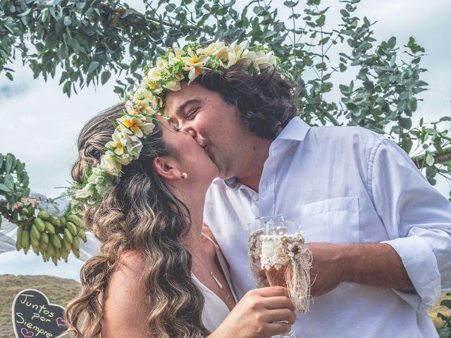 El matrimonio de Rodrigo y Izzy en Isla de Pascua, Isla de Pascua 5