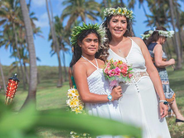 El matrimonio de Rodrigo y Izzy en Isla de Pascua, Isla de Pascua 11