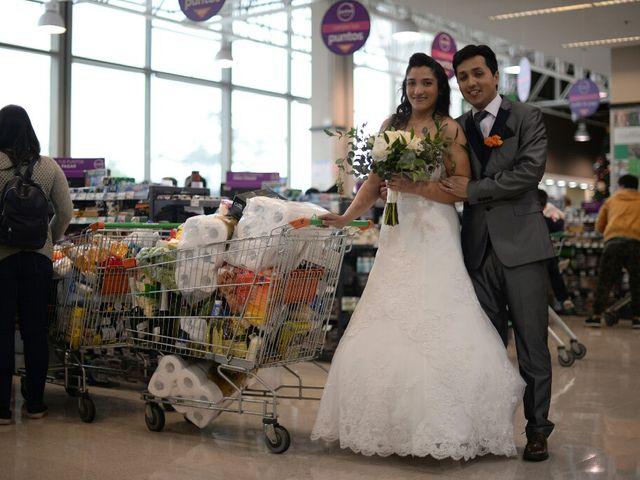 El matrimonio de Felipe Esteban  y María Paz  en San Bernardo, Maipo 34