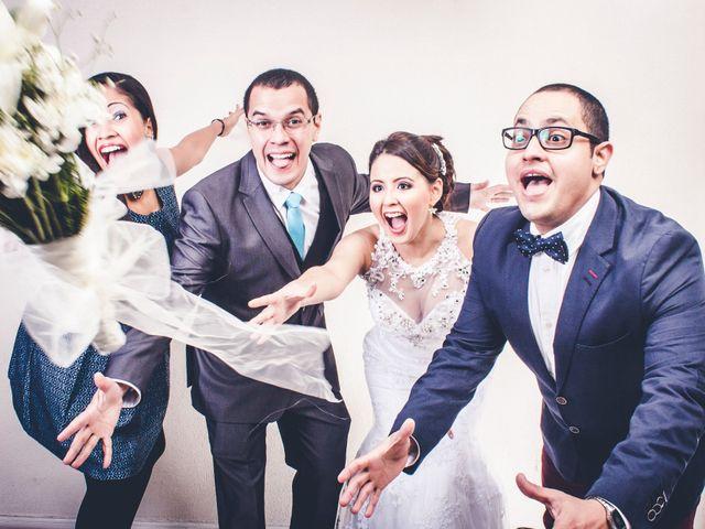 El matrimonio de Carlos y Elizabeth en Providencia, Santiago 23