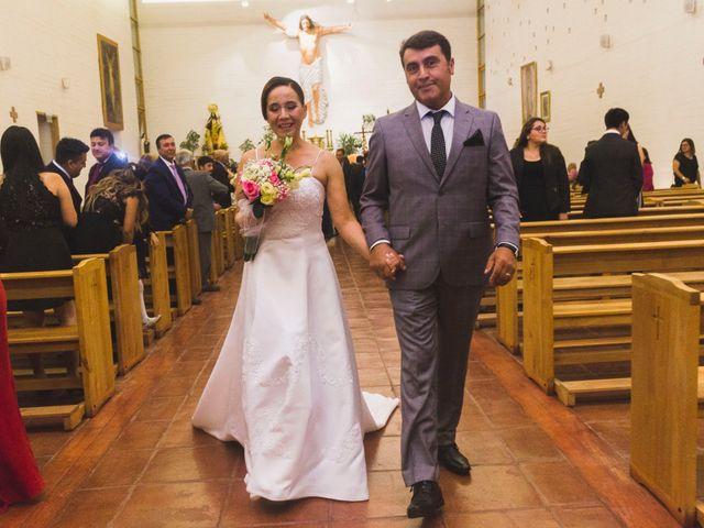 El matrimonio de Carlos y Carolina en San Vicente, Cachapoal 16