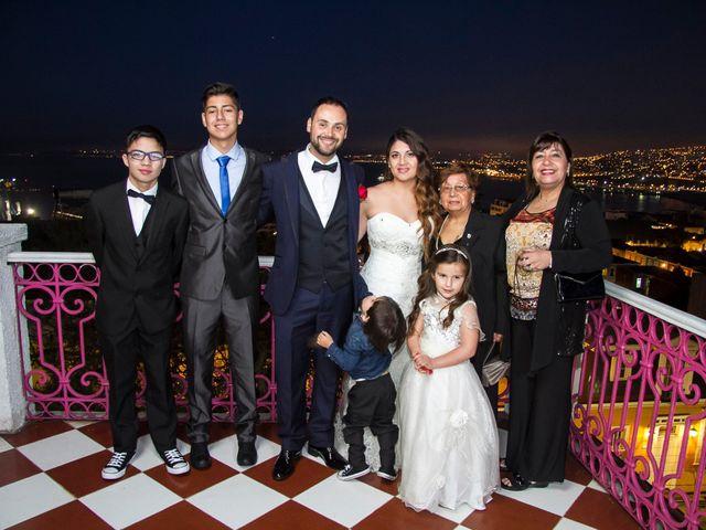 El matrimonio de Jose Luis y Emilyn en Valparaíso, Valparaíso 17