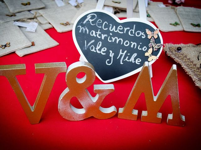 El matrimonio de Mike y Valeria en La Pintana, Santiago 13