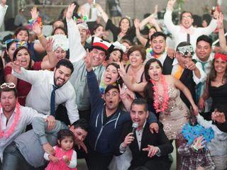 El matrimonio de Carlos Taucano y Andrea Flores 2