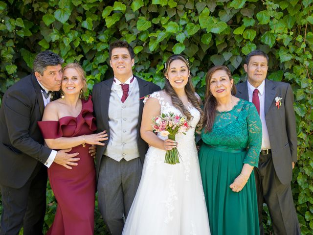 El matrimonio de Sebastian y Javiera en Calera de Tango, Maipo 129