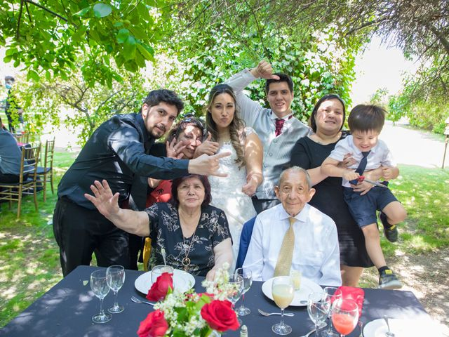 El matrimonio de Sebastian y Javiera en Calera de Tango, Maipo 142