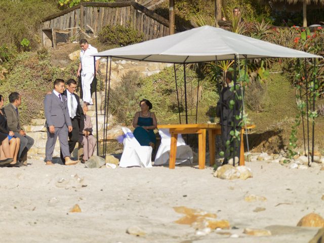 El matrimonio de Hugo y Evelyn en Puchuncaví, Valparaíso 8