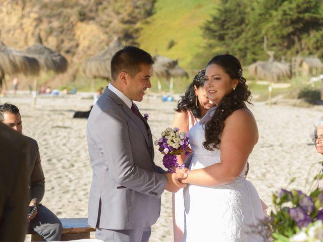 El matrimonio de Hugo y Evelyn en Puchuncaví, Valparaíso 12
