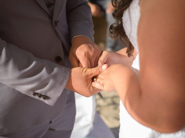 El matrimonio de Hugo y Evelyn en Puchuncaví, Valparaíso 20
