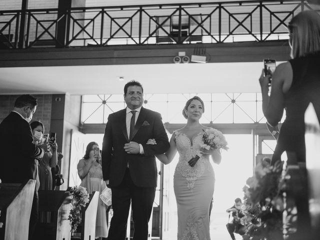 El matrimonio de Patricio y Leslie en La Reina, Santiago 23