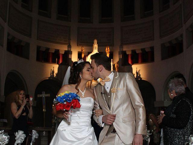 El matrimonio de Roozzy y Ari