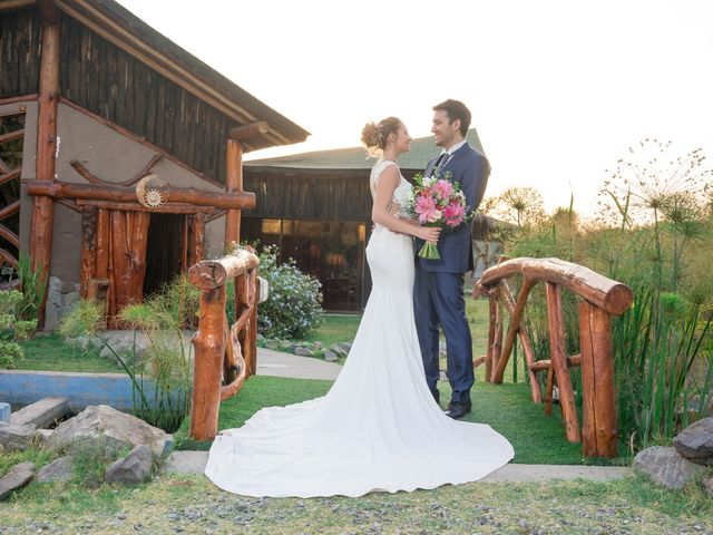 El matrimonio de Achille y Julie en Pirque, Cordillera 50