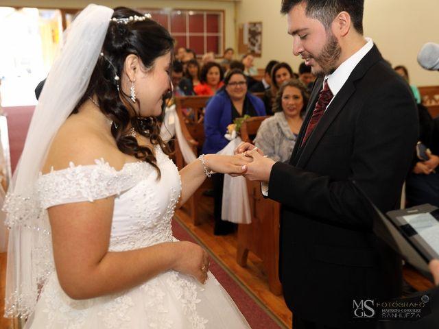 El matrimonio de Carlos Felipe  y Araceli Belén  en Rancagua, Cachapoal 13