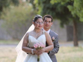 El matrimonio de Roberto y Connie