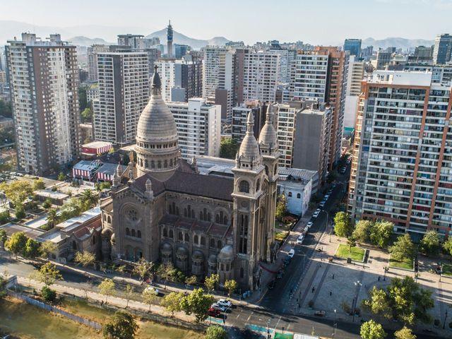 El matrimonio de Rodrigo y Camila en Santiago, Santiago 8