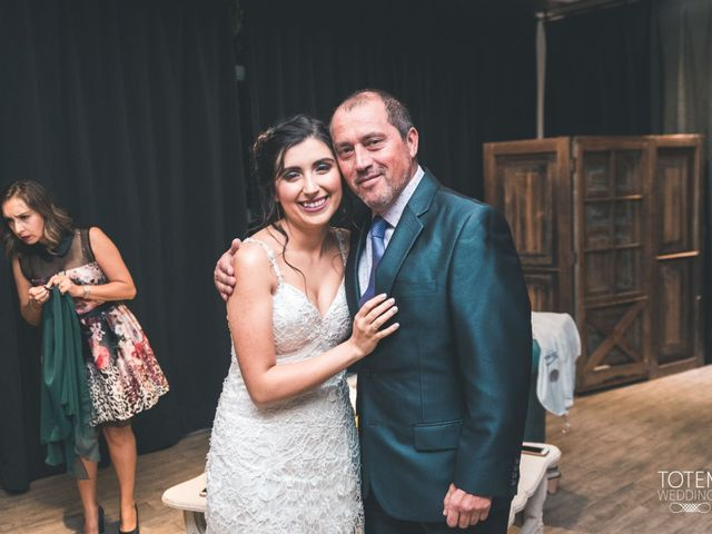 El matrimonio de Francisco  y Karime  en El Monte, Talagante 33
